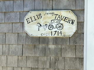 Ellis Tavern sign