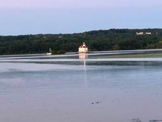 Esopus Meadow Lighthouse