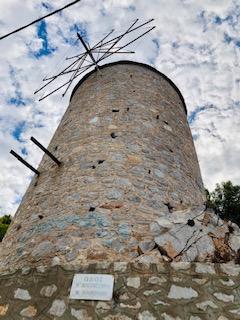 Ydra windmill