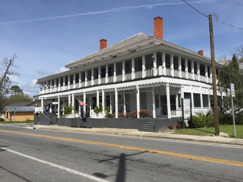Old Lafayette Co. Courthouse  Mayo FL